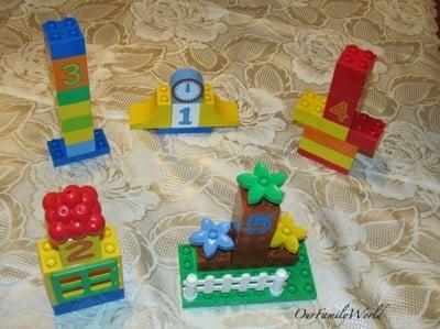 Playing Dot-to-Dot with LegoDuplo
