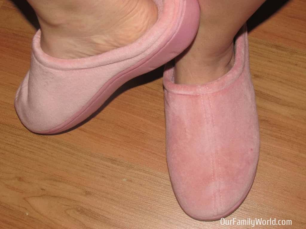 nature-sleep-memory-foam-slippers-review