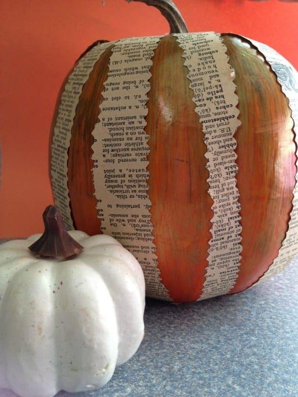 frugal-halloween-decor-diy-paper-pumpkin
