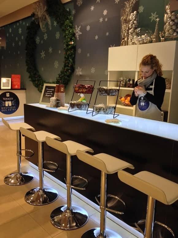 RBC Lounge: Mail Champlain