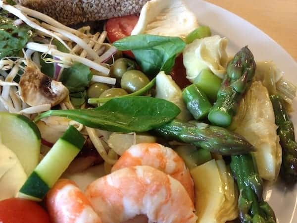 asparagus and shrimp salad recipe: easy and fast lunch recipe
