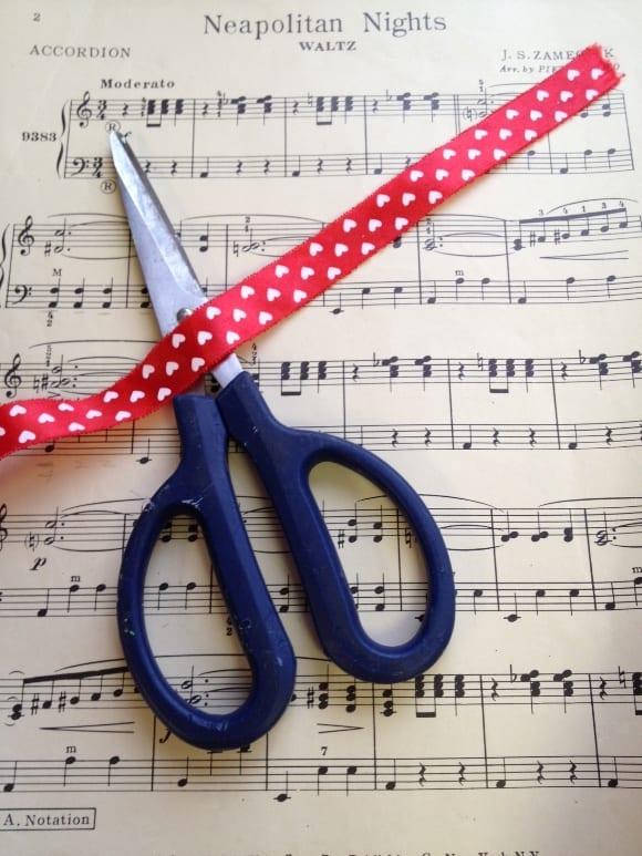 valentines-day-crafts-music-banner