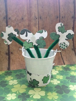 St Patricks Day Decor Clover