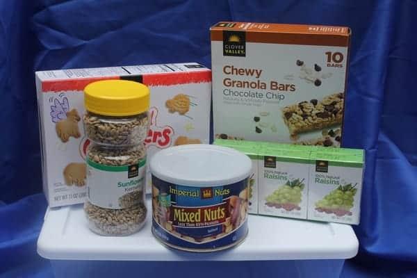 back-to-school-snacks-grab-go-box