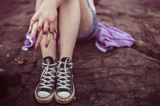 Modern Mom's Guide to Handling Bullying: Dealing with the bullied