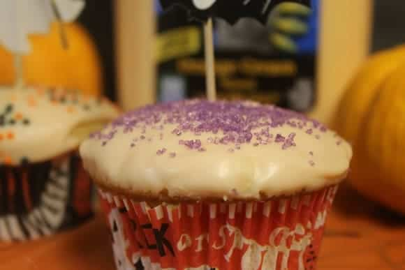 Fast & Yummy Orange Scream Halloween Cupcakes #TruMooTreats
