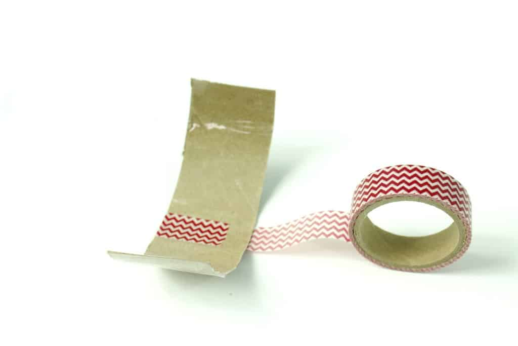 diy-washi-tape-cuff-bracelet-gift-for-mothers-day