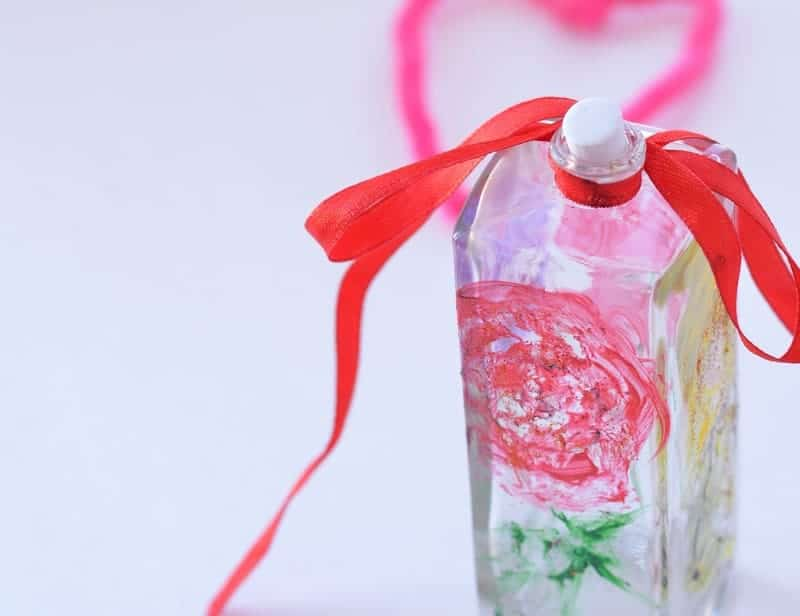 Need an easy handmade Mother's Day gift idea for you or the kids? Check out our painted bottle DIY project! It's cute and customizable to your skills!