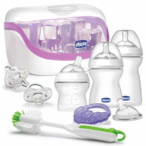 What makes Chicco NaturalFit the best baby bottle feeding system? Check out our favorite features and see why this is the most natural fit for your baby.