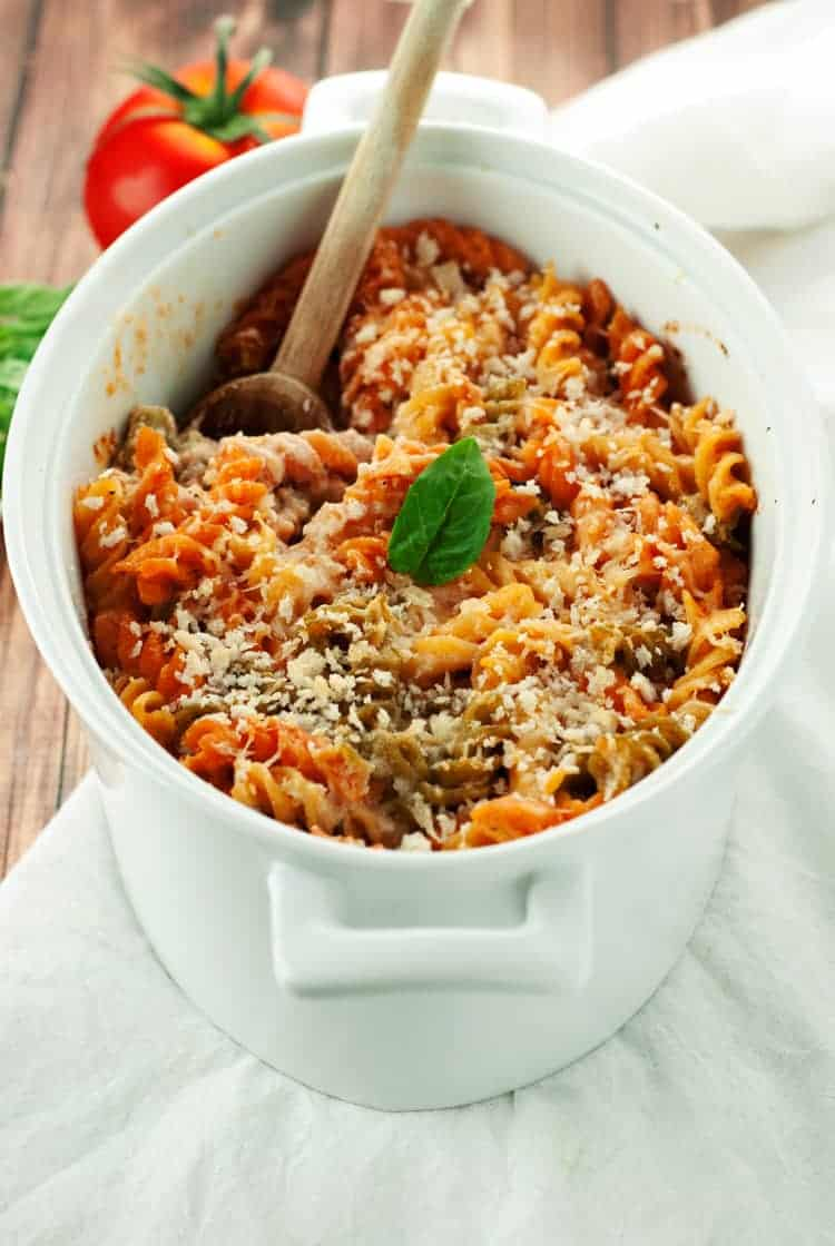 Easy Pasta Bake Easy Meals For A Large Family