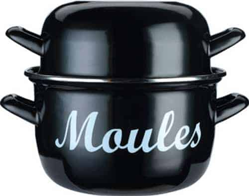I prefer this pot for making my Steamed Mussels With Tomato and Blue Dragon Curry Paste