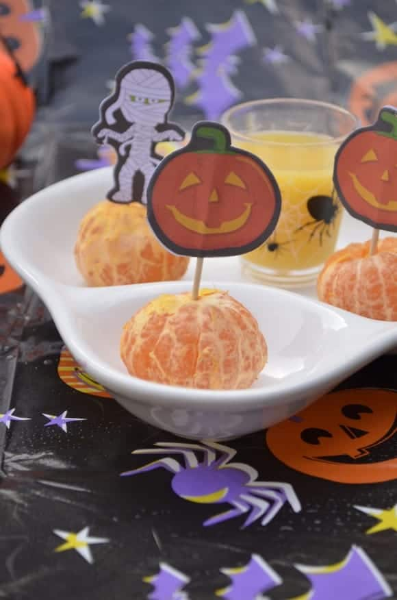 poison-apple-halloween-drink-for-kids-with-homemade-apple-cider