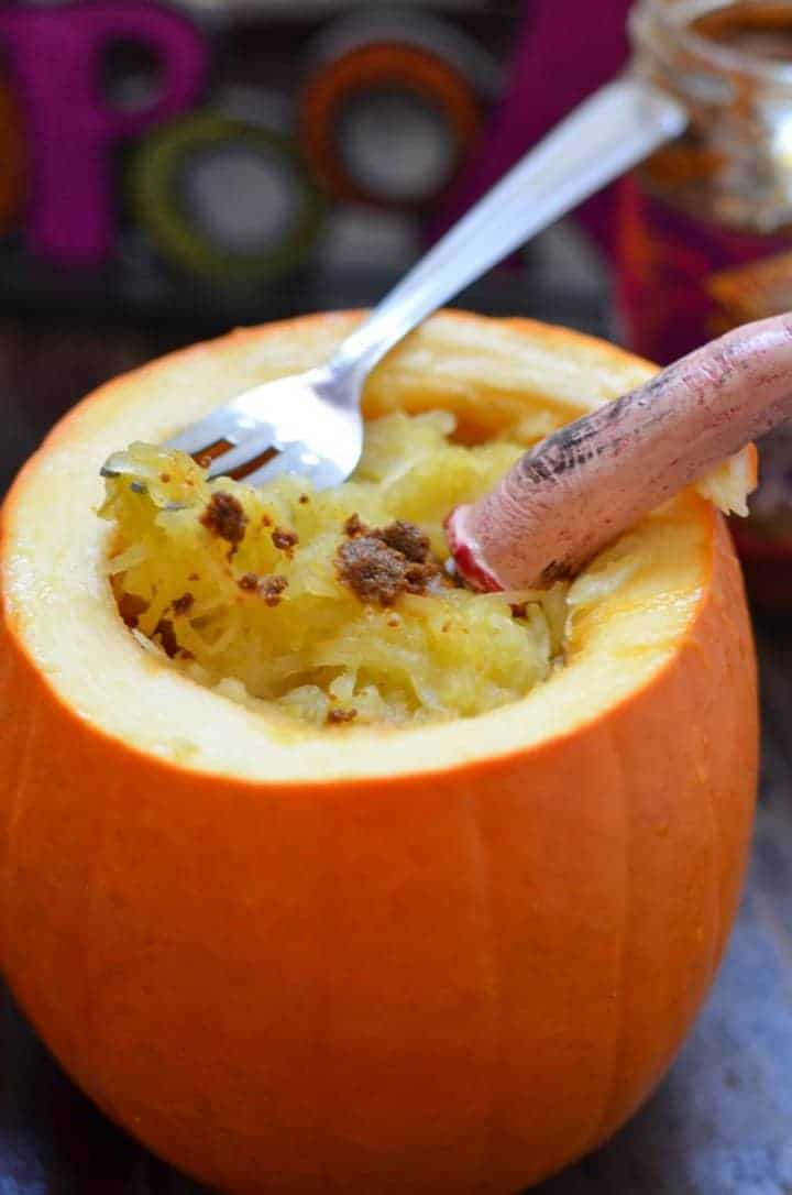 Looking for a fun yet easy appetizer for your Halloween party? Try our Creepy Spaghetti Squash Recipe, made in a pumpkin. It looks like a brain but tastes delish!