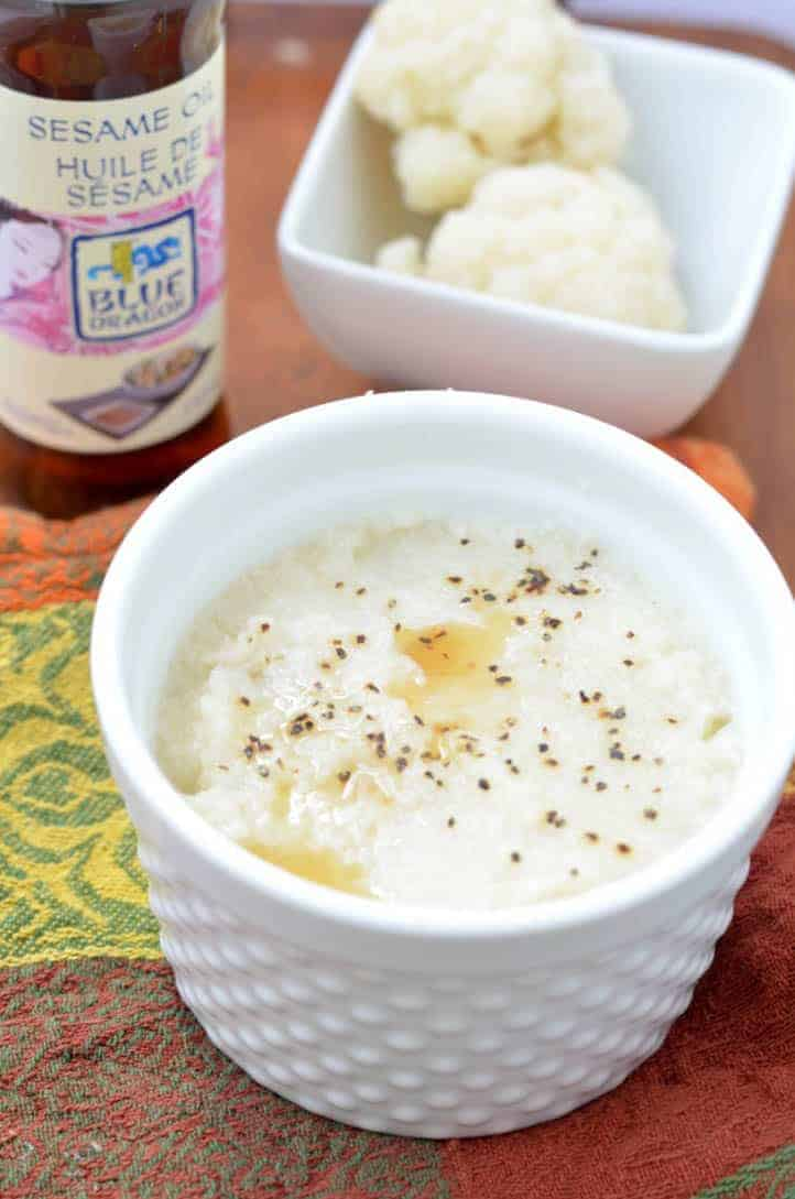 Looking for a great alternative to potatoes on Thanksgiving? Try this mashed cauliflower recipe! Also makes a great cauliflower dip!