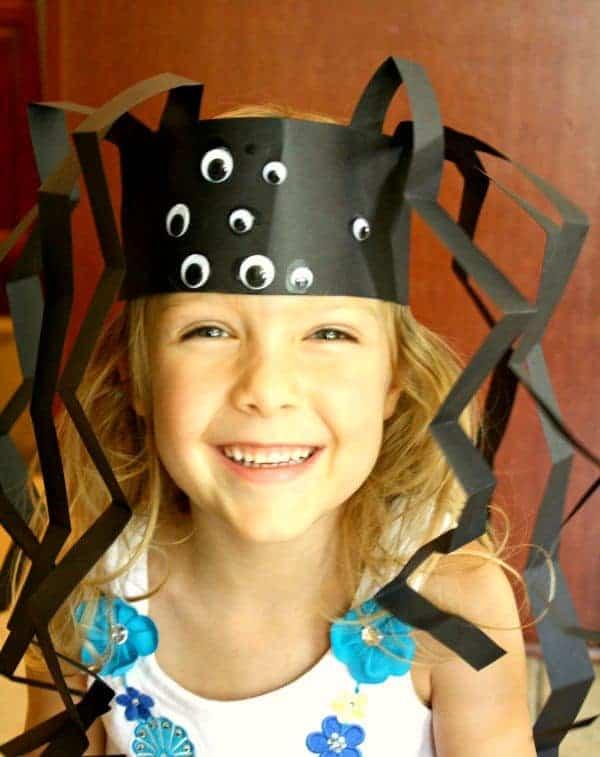 spider hat Halloween Crafts For Kids
