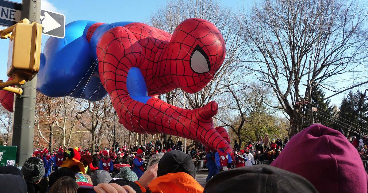 Check out our picks for the best Thanksgiving Day parades in the U.S.! Perfect for planning a little fall break getaway with the family!
