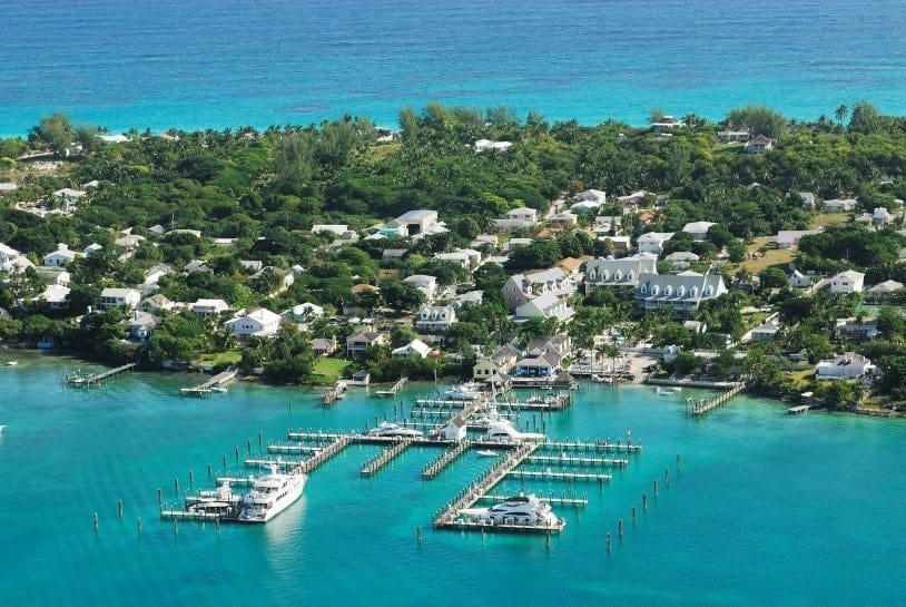 Check out my ultimate #BahamasBucketList, then tell me what's on yours!