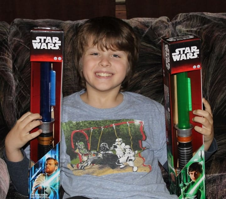 "Awaken the Force in your child this holiday season with Star Wars Light Sabers from Toys ""R"" Us, powered by Duracell batteries"