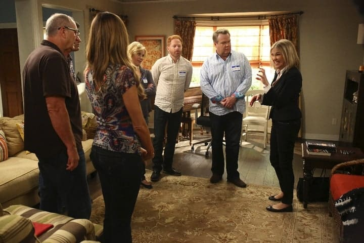 Miss an episode of your favorite comedy? Check out our Modern Family, Season 7, Episode 8 recap to find out what happened in Clean Out Your Junk Drawer!