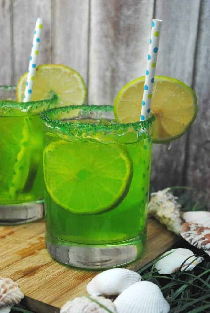 mermaid-punch-mocktail-for-kids