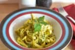 Want to get a healthy dinner on the table in just 20 minutes? You have to try my no-cook avocado pasta sauce recipe! Delicious & easy!
