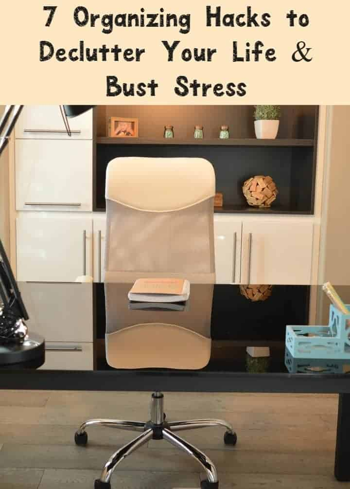 Zap stress and declutter your life with these 7 super easy organizing hacks to reduce all the junk in your life! Check them out!