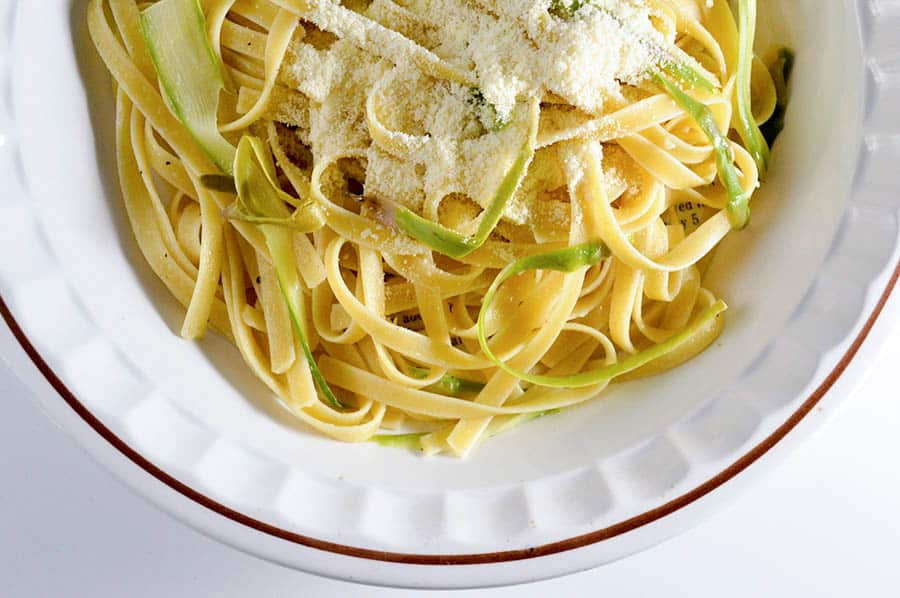 fettuccine-pasta-asparagus-easy-dinner-recipe