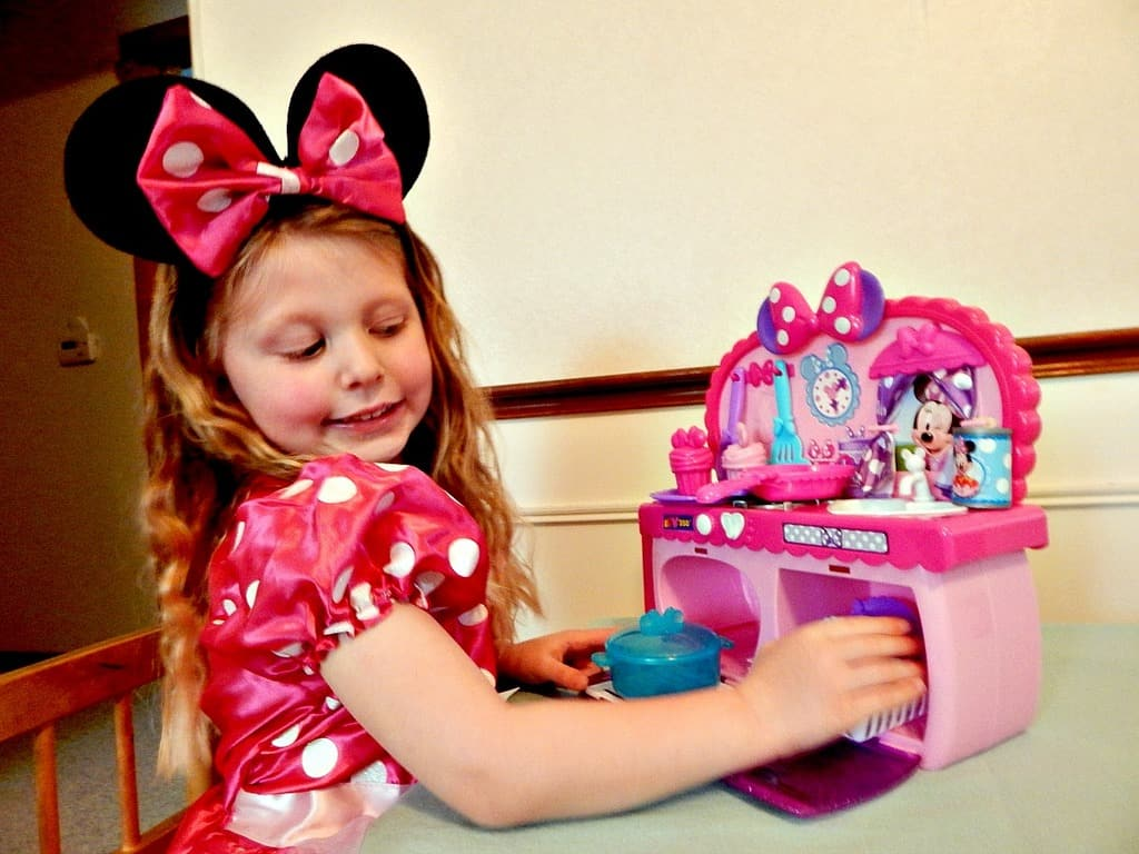 share-minnie-magic-day-child