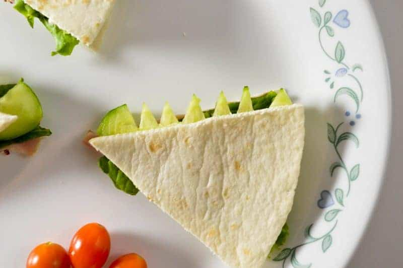 Pete 39 s dragon tails flatbread sandwich recipe for kids Easy dinner recipes for family of 6