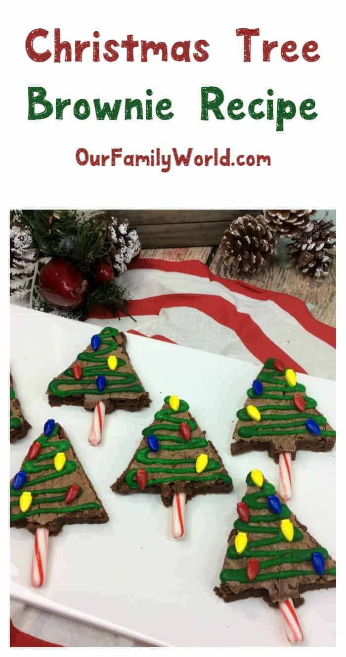 Looking for a fun holiday after-school or party treat for the kids? Check out this easy & cute Christmas tree shape brownie recipe!