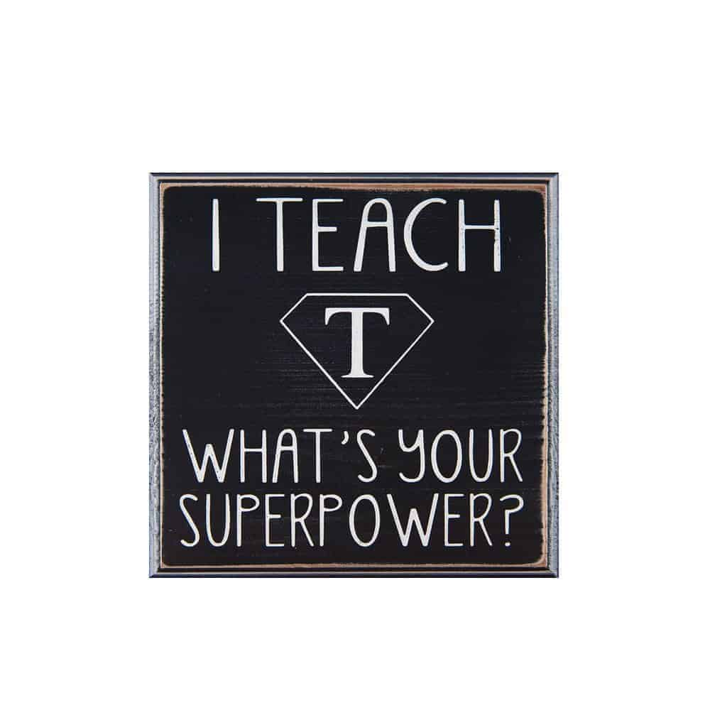 Want to thank your child's teacher for an amazing school year? Check out these 8 genius teacher gift ideas!