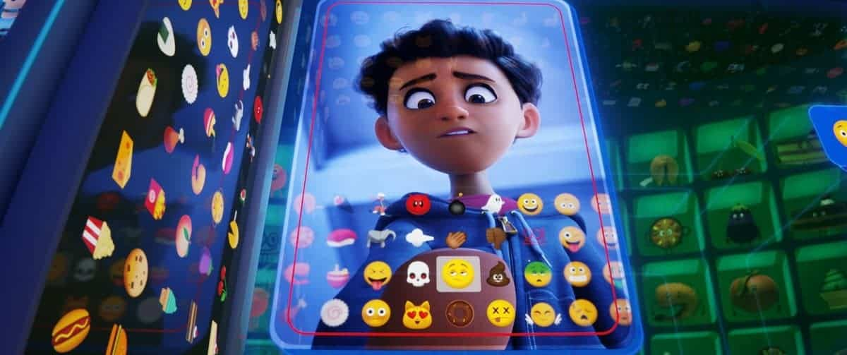Looking for more fab family movies like The Emoji movie? Check out 10 of our all-time favorite flicks that beg to be watched together!