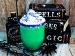 Chase away the ghastly October chill with this fun Witch's Brew hot cocoa! It's such a fun Halloween recipe for kids and adults alike! Check it out!