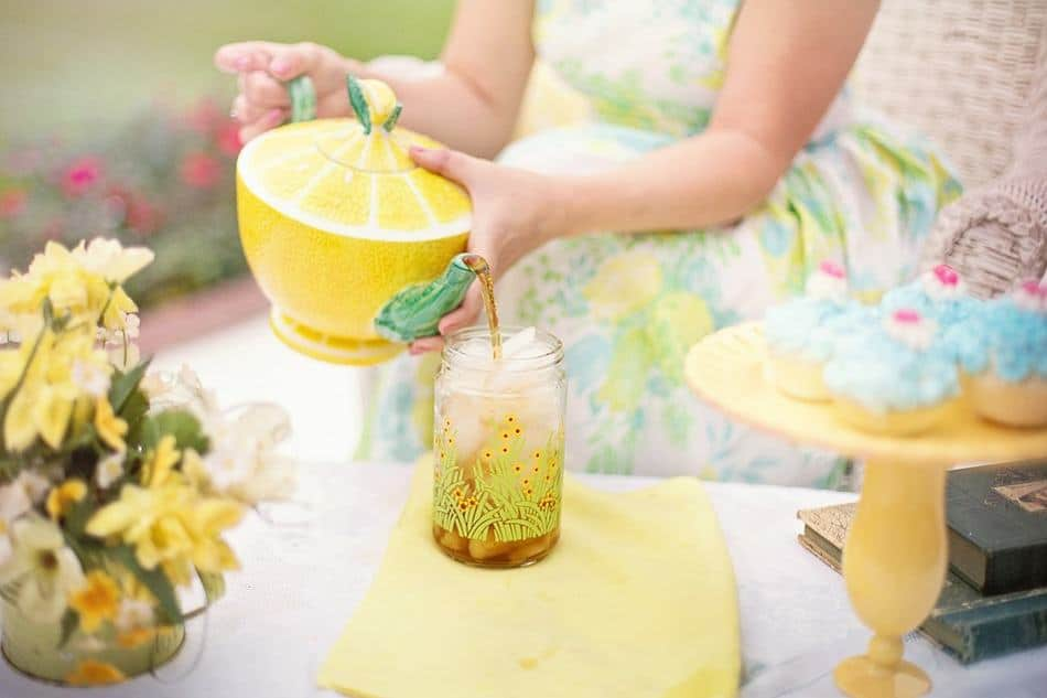 Have you ever thrown a tea party? It's such an easy yet elegant way to get together with your closest friends for a little bonding time! If you're not sure where to start, we've got you covered! Check out our ultimate Tea Party guide!